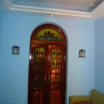 door from living tothe rooms